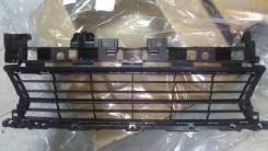 Решетка переднего бампера Logan 2