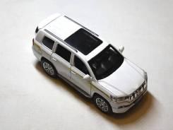 Модель автомобиля Toyota Land Cruiser Prado 2017