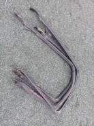 Продам уплотнитель стекла двери на Toyota Chaser LX80