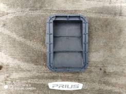 Решетка вентиляционная, правая Toyota Prius NHW20