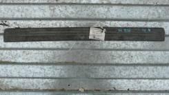 Накладка порога внутренняя передняя правая Nissan Almera N16 769B4BM70