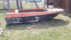 Продам лодку Ладога пластик