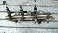 Рейка топливная (рампа) с датчиком Skoda Octavia A5 03F133320C