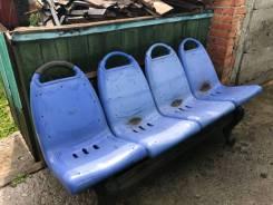 Продам кресла пластиковые