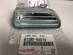 Лампа подсветки порога Toyota URJ202  81380-60010