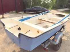 Продам пластиковую лодку 4 метра