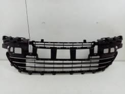 Решетка радиатора Peugeot 408