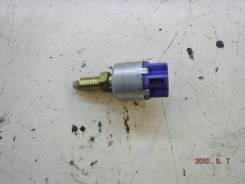 Концевик под педаль тормоза Toyota RAV4 [8434042020]