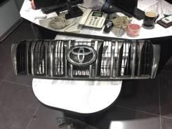 Решетка радиатора Toyota LAND Cruiser Prado 150 2009-2013 год