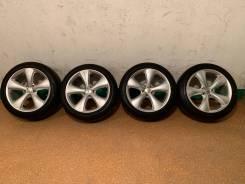 Продам комплект колес Cosmic Venerdi на 19 с летней резиной.