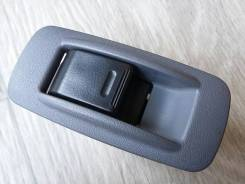 Кнопка стеклоподъемника 8481012080 с серой накладкой Toyota Camry 3 (V30)