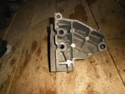 ВАЗ 2110-12, приора кронштейн верхней опоры двигателя