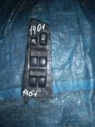 Блок управления стеклоподъемниками Toyota Fielder, правый передний