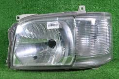 Фара (оригинал) Toyota Hiace KDH206, левая