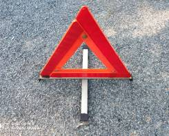 Знак аварийной остановки Toyota Prius NHW20.