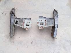 Продам рамку радиатора Honda Freed GB-3