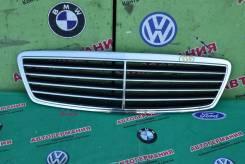 Решетка радиатора Mercedes C класс (W203) avangard