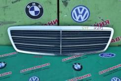 Решетка радиатора Mercedes C класс (W203)
