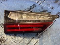 Фонарь левый в крышку багажника Lexus RX 4