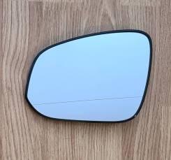 Стекло зеркала заднего вида Toyota Esquire, левое