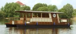 Яхты - катамараны, дом на воде