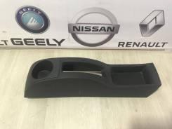 Консоль под ручник ( Накладка под ручник ) Renault Sandero Stepway 2 [996941243R]