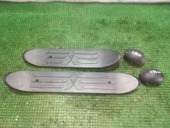 Накладки на подножку Mitsubishi Montero Sport 1