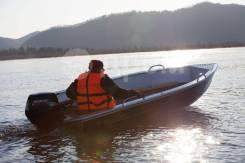 Продам моторную лодку Realcraft 370