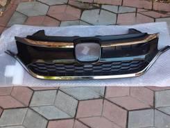 Решетка радиатора новая Honda CR-V 4 2015-2017