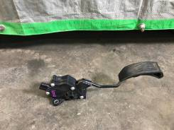 Педаль газа Toyota Blade