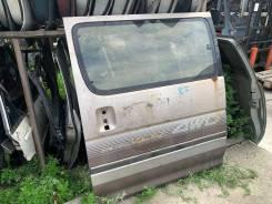 Дверь задняя левая Toyota Hiace LH119