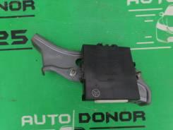 Блок управления замками Toyota Mark X GRX120