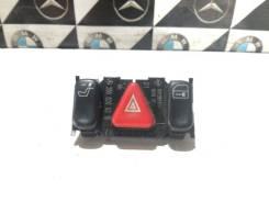 Блок переключателей в центральной консоли Mercedes-Benz E-Class 2001 W210 M 112 E32 [A2088200310]
