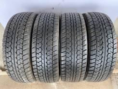 Dunlop SP LT 01 (~10mm), LT 225/70 R16