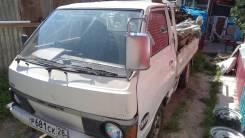 Nissan Vanette, 1985