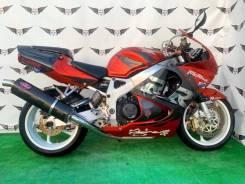 Honda CBR 900RR, 2001