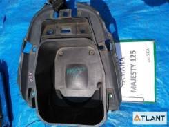 Бардачок пассажирский Yamaha Majesty 125