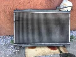 Радиатор охлаждения двигатель Honda CR-V
