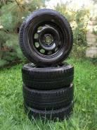 Dunlop 215/65 R16 в сборе