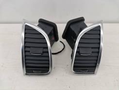 Дефлектор воздушный правый левый в торпедо Audi Q7