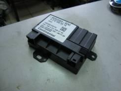 Блок управления топливным насосом Mercedes W204 271860 A2124400314