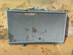 Радиатор охлаждения двигателя Mitsubishi Galant 1998-2003