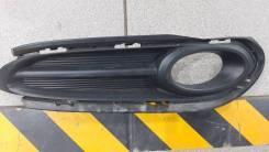 Оправа туманки правая Honda Vezel 2014