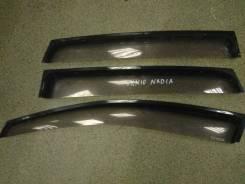 Ветровик задний правый Toyota Nadia SXN10