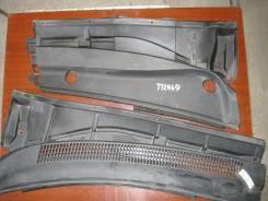 Решетка под лобовое стекло (жабо) Toyota Avensis III ZRT270 2009г.