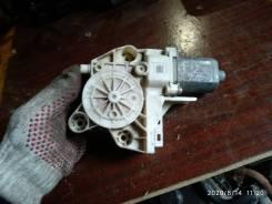 Мотор стеклоподъемника правый передний Форд Фокус 2
