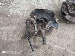 Поворотный кулак передний левый со ступицей VW Passat B3