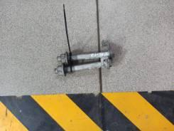 Болт крепления рулевой рейки Nissan Sylphy TB17