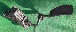Педаль газа Audi A6 C6
