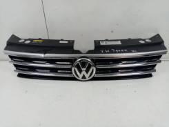Решетка радиатора Volkswagen Tiguan 2 [5NA853651G]